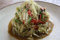 Thai somtam - spicy papaya salad