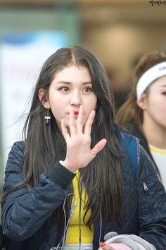Kpop Girl Groups, Korean Girl Groups, Kpop Girls, Jeon Somi, Jung Chaeyeon, Choi Yoojung, Kim Sejeong, Asian Celebrities, Korean Singer