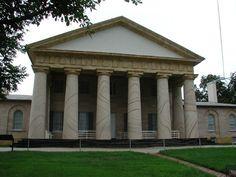 Arlington House & Plantation, former home of Confederate General Robert E. Lee, in Arlington VA, built 1803. Plantation originally had 1100 acres.