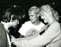 Kurt, Flea, Courtney.