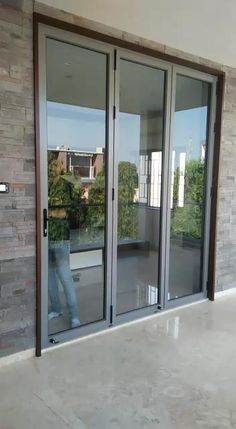 House Window Design, Modern House Design, Sliding Window Design, Modern Window Design, Window Glass Design, Modern Glass House, Door Gate Design, Door Design Interior, Home Room Design