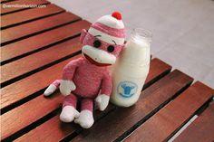 Lil' Squirt tries out some fresh Hokkaido milk - in Thailand!  (Bangkok, Thailand)