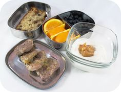 Easy lunch ideas for kids: Greek yogurt with dulce de leche; pork tenderloin with rhubarb sauce; banana bread; and blueberries and orange slices. http://www.LunchBoxBlues.com