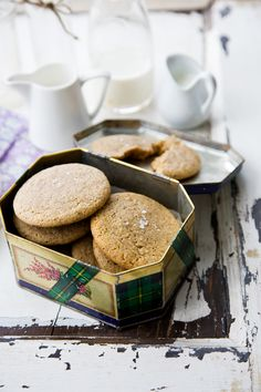 almond butter cookies with fleur de sel from @jen Laceda | Tartine and Apron Strings