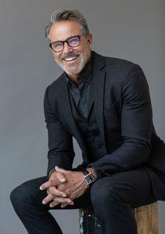 Male model based in New York / South Florida. Older Men Haircuts, Handsome Older Men, Handsome Man, Older Mens Fashion, Grey Hair Men, Sharp Dressed Man, Well Dressed Older Man, Dapper Men, Men Looks