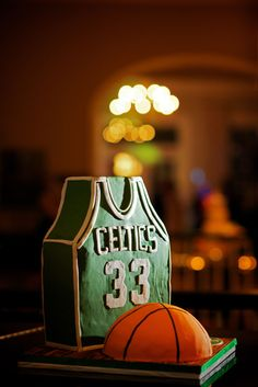 Boston Celtics Grooms Cake #weddingideas #groomscake