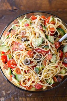 Party Summer Salads To Amaze Your Guests Cold Italian Spaghetti Salad Save Print Recipe type: Salad Cuisine: American Ingredients 1 lb. Thin spaghetti, broken into thirds 1 bottle Italian salad dressing 2 tablespoons McCorm for parties Italian Spaghetti Salad Recipe, Cheese Spaghetti, Cold Spaghetti Salad, Italian Pasta, Summer Spaghetti, Spagetti Salad Recipes, Pasta With Italian Seasoning, California Spaghetti Salad Recipe, Italian Dressing Pasta Salad