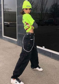 womens streetwear urban womens streetwear summer w Edgy Outfits, Grunge Outfits, Retro Outfits, Vintage Outfits, Cute Outfits, Fashion Outfits, Fashion Belts, Womens Fashion, Black Outfit Edgy