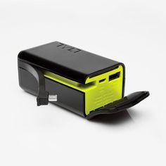 TYLT PowerPlant Universal Portable Battery Power Pack BuiltIn MicroUSB / UpPlant