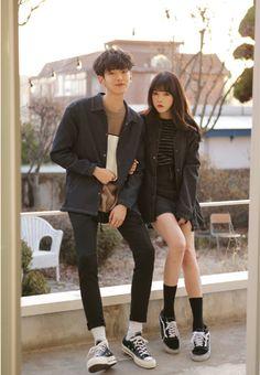 Korean Couple Fashion - Best of Streetwear Couples - K Fashion, Fashion Couple, Ulzzang Fashion, Korea Fashion, Asian Fashion, Fashion Outfits, Fashion Ideas, Couple Ulzzang, Ulzzang Girl