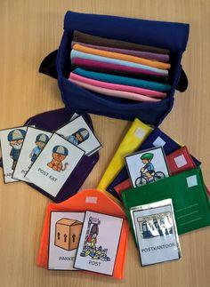 vertelkaarten thema post van katrotje (foto dankzij een creatieve juf) People Who Help Us, Home Schooling, Eyfs, Post Office, Activities For Kids, Sewing, Projects, Diy, School
