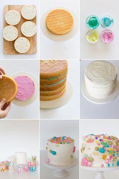 Candy Cake / Kuchen mit bunten Bonbons und Figuren