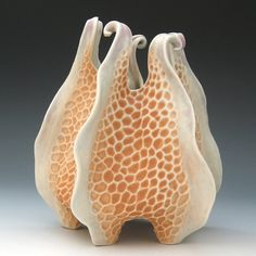 Roberta Polfus - Carved porcelain urchin vessel in peach white