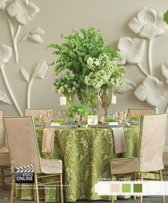 Gorgeous lush green & neutral palette for this tabletop by Holly Tripp Events at The Westin Galleria Dallas! Photo by Nine Photography #westin #galleria #dallas