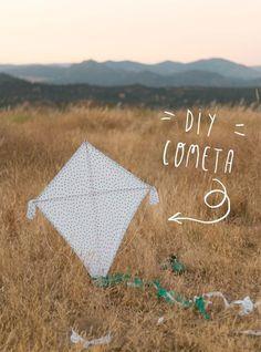 """DIY cómo hacer una cometa de atrezzo. Visto en """"I am a Mess Blog"""""""