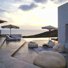 Do more of what makes you happy. Soia And Kyo, Hardscape Design, Building Exterior, Big Houses, Luxury Life, Outdoor Furniture, Outdoor Decor, Sun Lounger, Interior Design