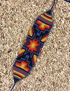 Vides, Bead Loom Patterns, Native American Beading, Friendship Bracelet Patterns, Blue Beads, Loom Beading, Seed Beads, Tatting, Loom Bracelets