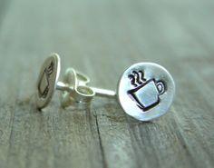 Coffee earrings!  LOVE. http://fine.wellnesscoffee.eu/