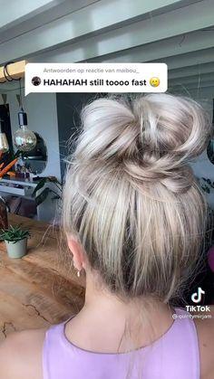 High Messy Buns, Messy Bun Outfit, Long Hair Video, Hair Videos, Messy Hairstyles, Hair Hacks, Updos, Hair Inspiration, Hair Makeup
