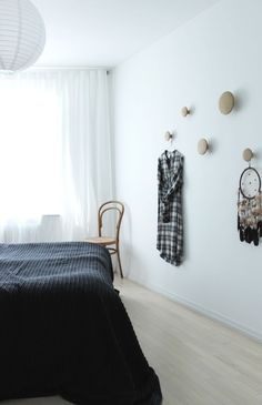 Scandinavian bedroom, muuto dots