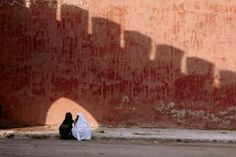 #Ramparts  #Women  #Muslim  #Muslimah  #Muslim Women  #Street  #Street Scene  #Street Photography  #Magnum Photos  #Bruno Barbey  #Hijab  #I...