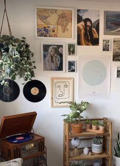 Room Ideas Bedroom, Bedroom Decor, Deco Studio, Indie Room, Cute Room Decor, Pretty Room, Decoration Inspiration, Boho Room, Room Goals