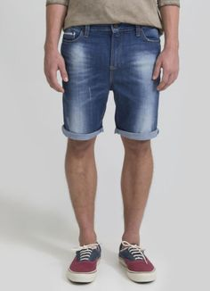 como usar bermuda jeans masculina