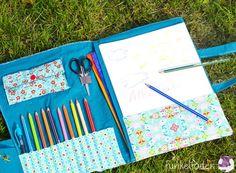 Wenn man mit Kindern unterwegs ist, sind ein paar Stifte und Papier immer eine schöne Beschäftigung. In diese Malmappe passen neben Block und Stiften auch noch Malbücher, Schere, Anspitzer und Radiergummi, sodass man auch für längere Ausflüge bestens ausgerüstet ist.Eine … weiterlesen
