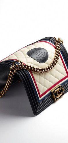 Dames Portemonnee Chanel.De 18 Beste Afbeelding Van Tassen Van Chanel Beige Tote Bags