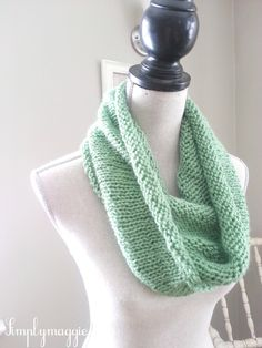 Spring Knit Infinity Scarf with free pattern  www.simplymaggie.com