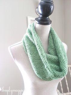 Spring Knit Infinity Scarf with free pattern  www.simplymaggie.com
