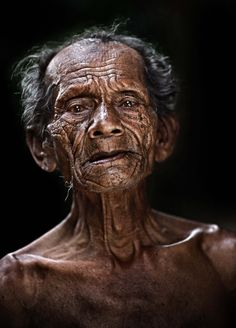 """500px / Photo """"Pok Kob....84 years old"""" by abe less"""