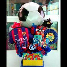 Feliz Cumple!!! ⚽#arreglos #arreglosconglobos #detalles #regalo #original #cumpleaños #felicidades #dulces #deporte #hechoamano #chucherias #detalle #cumple #torta #futbol #soccer #futebol #handmade #globopersonalizado #globo #personalizado #personalizados #balloons #globospersonalizados Homemade Gifts For Boyfriend, Birthday Gifts For Boyfriend Diy, Boyfriend Anniversary Gifts, Birthday Candy, Birthday Crafts, Boyfriend Gift Basket, Boyfriend Gifts, Ideas Aniversario, Pilot Gifts