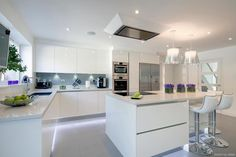 Modern Kitchen Design – Want to refurbish or redo your kitchen? As part of a modern kitchen renovation or remodeling, know that there are a . Living Room Kitchen, New Kitchen, Kitchen Decor, Kitchen Ideas, Awesome Kitchen, Kitchen Inspiration, Kitchen Furniture, Kitchen White, Beautiful Kitchen