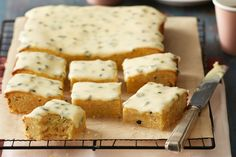 Looking for a new shortbread recipe idea? Almost as good as our famous shortbread, this slice uses the yummy flavours of passionfruit and coconut to bring it to life! Passionfruit Recipes, Passionfruit Slice, Boiled Fruit Cake, Aussie Food, Shortbread Recipes, Easy Party Food, Tasty Bites, Breakfast Bake, Food Cakes