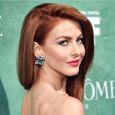 Smooth Subtle Fade - 30 Short Ombre Hair Options for Your Cropped Locks in 2019 - The Trending Hairstyle Hair Color Auburn, Red Hair Color, Cool Hair Color, Auburn Hair Copper, Short Auburn Hair, Auburn Balayage, Balayage Hair, Short Hair Cuts, Short Hair Styles
