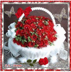 Ideas birthday flowers bouquet beautiful roses mothers for 2019 Flowers Gif, Pretty Flowers, Beautiful Gif, Beautiful Roses, Happy Mothers Day, Happy Valentines Day, Birthday Dinner Menu, Christmas Drawing, Birthday Diy