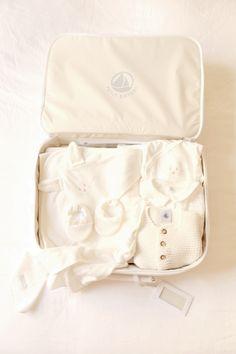 Petit bateau valise maternité 02