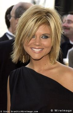 Cute hair!    Tiffani Amber Thiessen cute shaggy bob........maybe I will get brave enough :0/