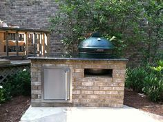 Put your backyard to good use by putting in an outdoor kitchen, an arbor, a cabana or even a custom deck or patio. Big Green Egg Outdoor Kitchen, Small Outdoor Kitchens, Outdoor Kitchen Patio, Outdoor Kitchen Design, Outdoor Living, Outdoor Grill Area, Outdoor Pergola, Cabana, Summer Kitchen