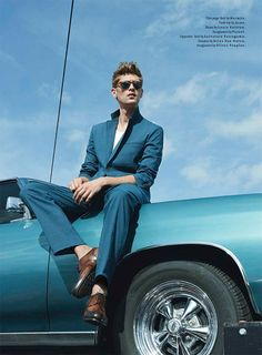 Milan Vukmirovic photographs fast cars and sharp suits for the April 2013 issue of Details magazine featuring Danish model Mathias Lauridsen, styled by Matthew Marden. Milan Vukmirovic, Moda Men, Look Fashion, Mens Fashion, Fashion Vest, High Fashion, Fashion Tips, Car Poses, Male Models Poses