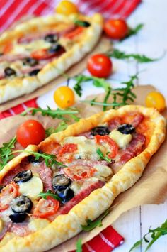 Party Food Platters, Romanian Food, Vegetable Pizza, Bakery, Deserts, Lunch Box, Food And Drink, Cooking Recipes, Yummy Food
