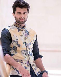 men's wedding suits to hire Mens Wedding Wear Indian, Mens Indian Wear, Mens Ethnic Wear, Wedding Dresses Men Indian, Indian Groom Wear, Wedding Dress Men, Indian Men Fashion, Mens Fashion Suits, Wedding Men