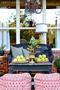 Fall Home Tour || Outdoor patio living space  ||  from dimplesandtangles.com