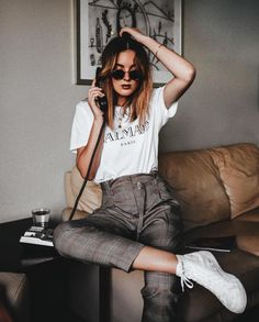 Learn Casual Outfit inspiring ideas (but neat) fashion females will probably be trying around right now. Mode Outfits, Casual Outfits, Fashion Outfits, Fashion Mode, Womens Fashion, Fashion Trends, 90s Fashion, Spring Summer Fashion, Autumn Fashion