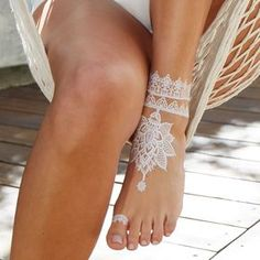 Bijoux gold white henna lace temporary tattoo | Tattify