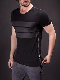 Men 3 Bars Full Side Zipper T-shirt - Black Trendy Mens Fashion, Fashion Tips For Women, Stylish Men, Men Casual, Fashion Trends, Leather T Shirt, Mode Sombre, T Shirt Custom, T Shirt Noir