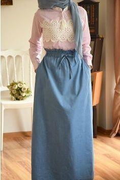 Belden Rubber Skirt - Eminos Boutique   Modo & Design Hijab Dress Party, Hijab Style Dress, Casual Hijab Outfit, Hijab Chic, Modern Hijab Fashion, Abaya Fashion, Muslim Fashion, Modest Fashion, Fashion Dresses