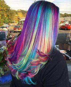 Glow-In-The-Dark phoenix hair is the new hair color trend hair. New Hair Color Trends, Hair Trends, Pelo Hipster, Hipster Hair, Phoenix Hair, Dark Phoenix, Neon Hair Color, Hair Colors, Vegas Hair