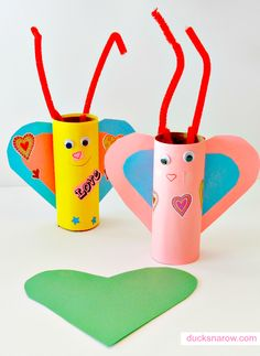 Valentines Day toilet paper roll craft for preschoolers #kidscrafts #Valentine #preschool
